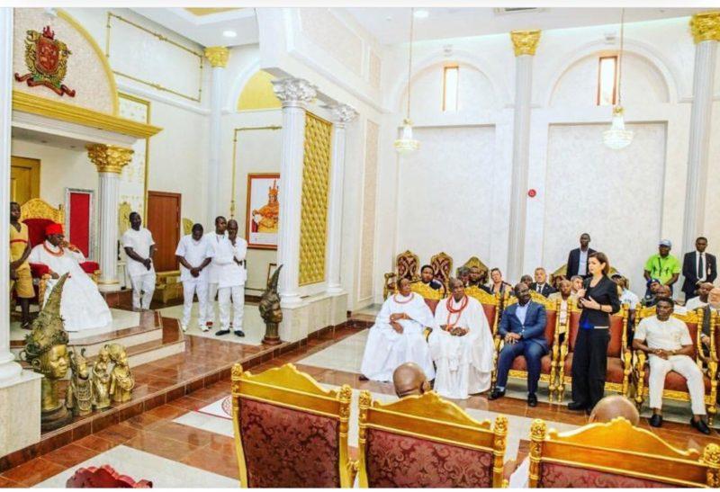 Oba fine palace